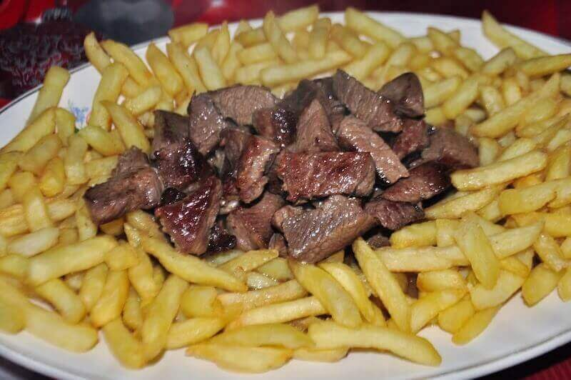 What to eat on Madeira island: Picado Madeirense