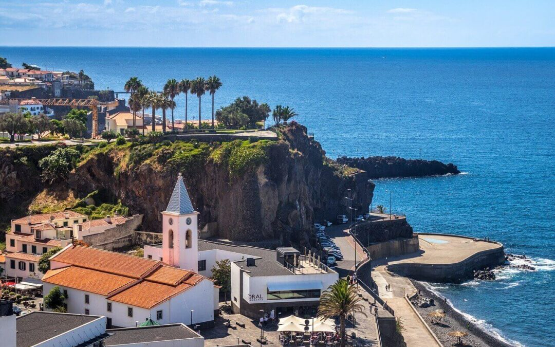 8 Best Hotels For A Perfect New Year's Eve 2020 In Madeira Island