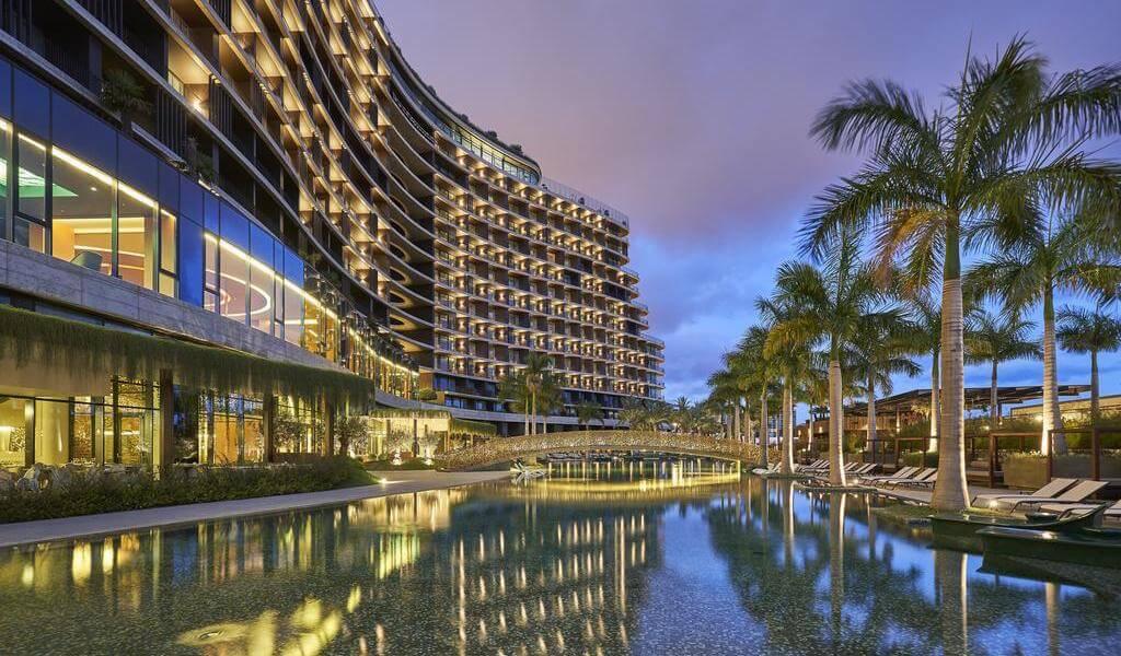 3. HotelSavoyPalace