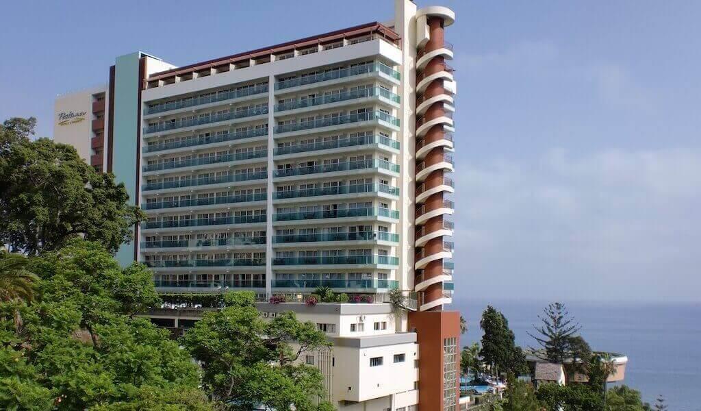 2. Pestana Carlton Hotel