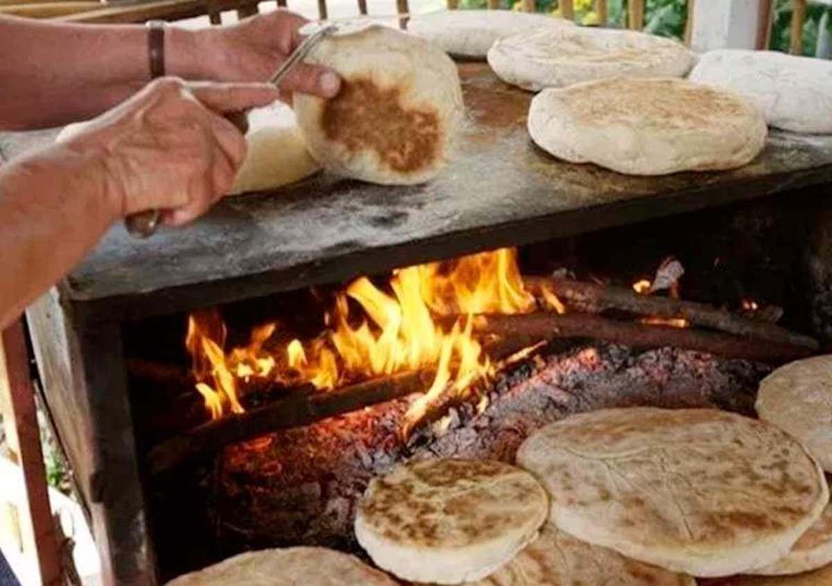 2.Traditional Restaurants